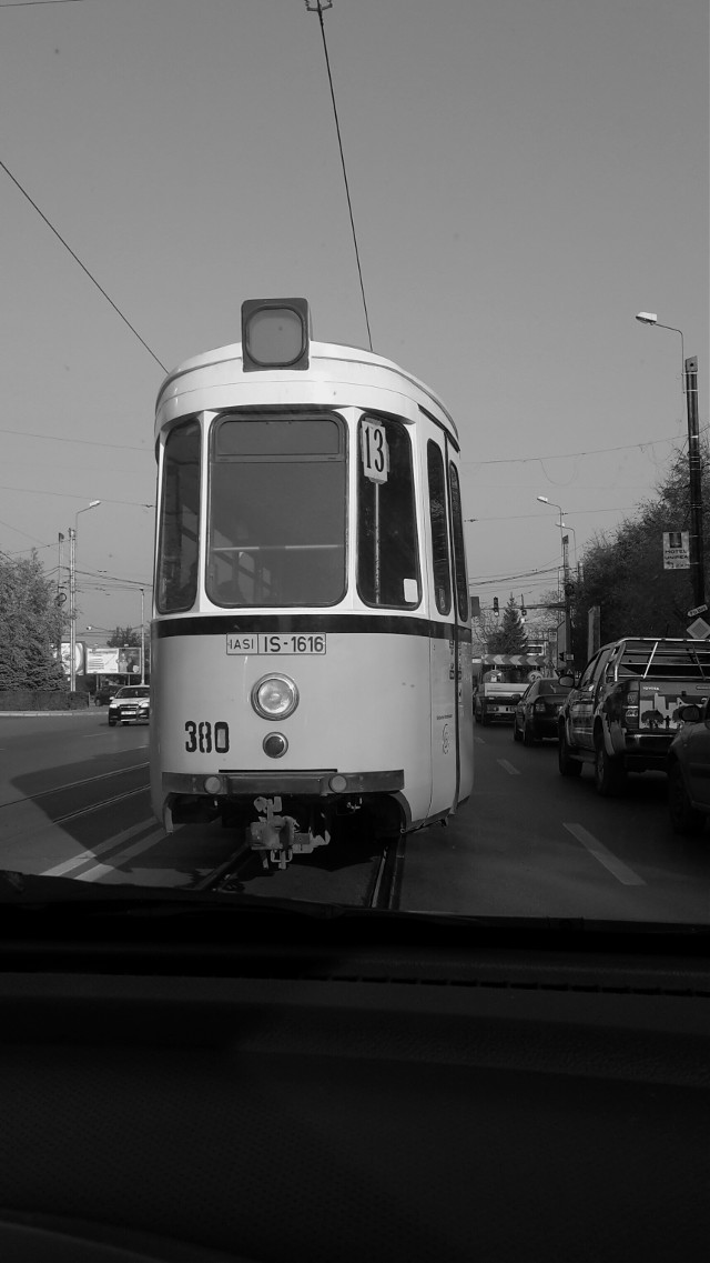 #street #cars #urban #city  #blackandwhite #photography