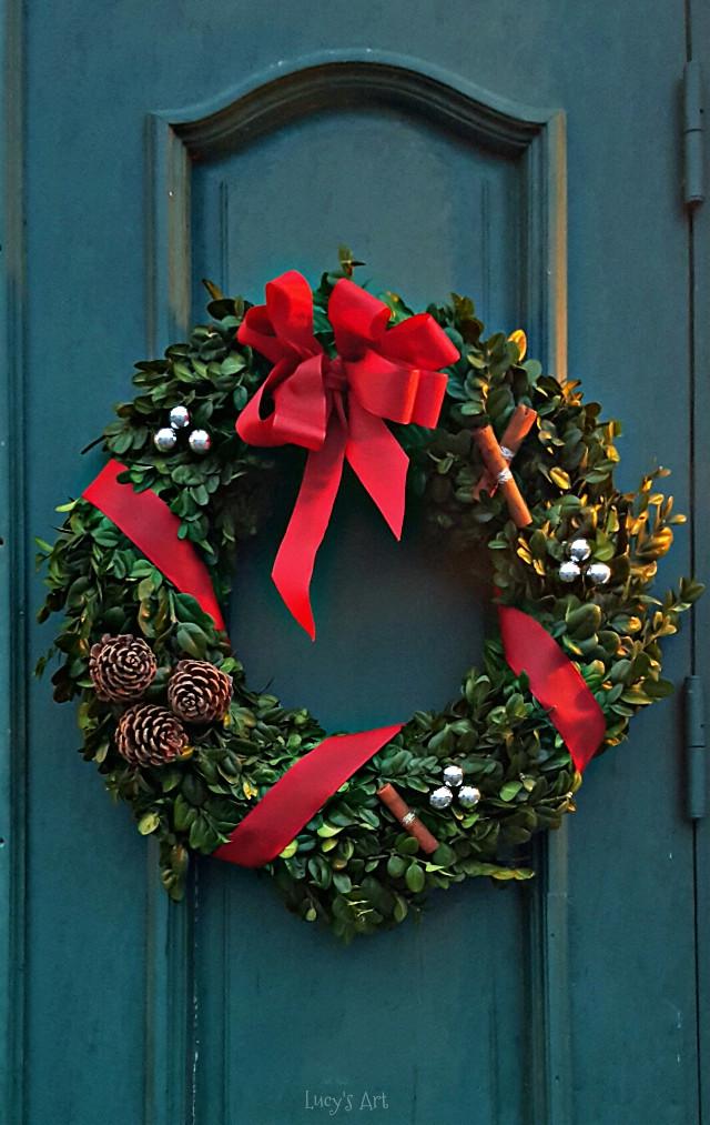 #christmasdecoration #christmastree #circle #love #beauty