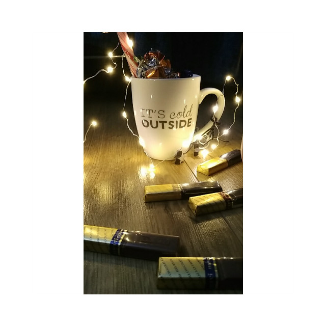 Be the light oft night the day becomes... A old pic...photograph with my mobile phone  #light #me #christmas #camera #soinlove #christmaslights #cup #chocolate #merci #meandsoooon #tumblr #photography