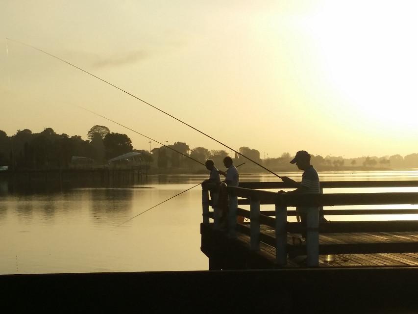 #fishing #sunrise  #singapore  #yishun #reservoir  #morning