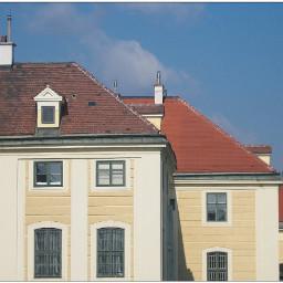 row houses yellow near shonbrunn
